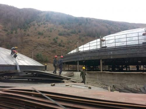 四川省2座直径35米 的大型钢板库施工中