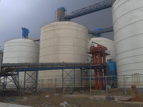 4座10000吨水泥储存罐